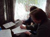 Работа счётной комиссии на первом организационном заседании участковой избирательной комиссии № 627 в Лебяженском городском поселении.