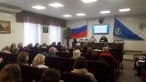 Секретарь ТИК Ломоносовского муниципального района Ю.П. Шуть доводит до участников занятий задачи участковых комиссий при подготовке к выборной кампании.