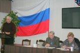 Секретарь ТИК Ломоносовского муниципального района Ю.П. Шуть поздравляет участников олимпиады с её открытием.